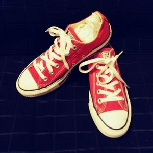 Red low top Converse All star tennis shoes